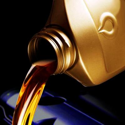 Какое масло лить в бутылочный домкрат