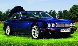 Jaguar XJR (1997-2003). Покупать или нет?