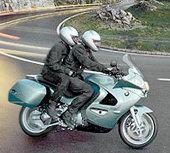 Мотоциклы BMW получат противозаносную систему
