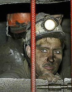 Две крупные аварии на шахтах. Погибли люди.