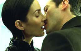 Кинозвезды о поцелуях - интервью