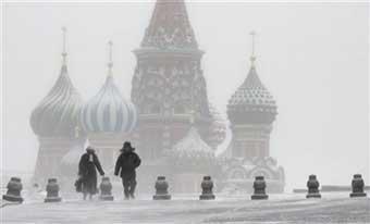 Снегопад нарушил работу московских аэропортов
