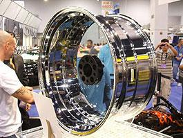 Сделано прозрачное колесо