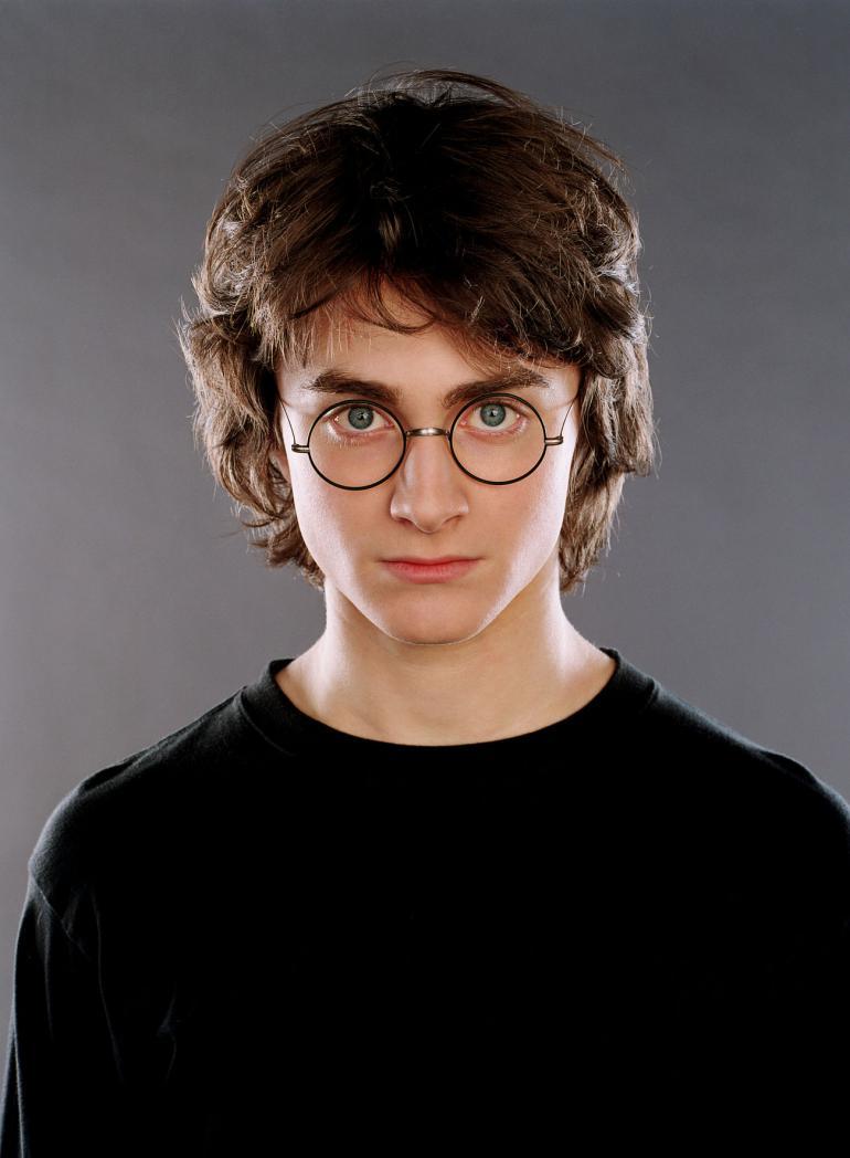 Гарри Поттер научился целоваться