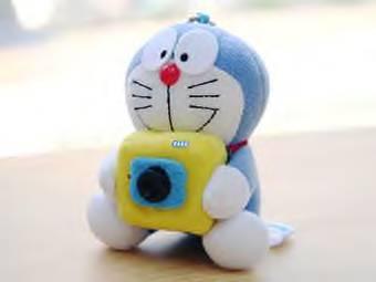 Маленькая веб-камера маскируется под кота-робота