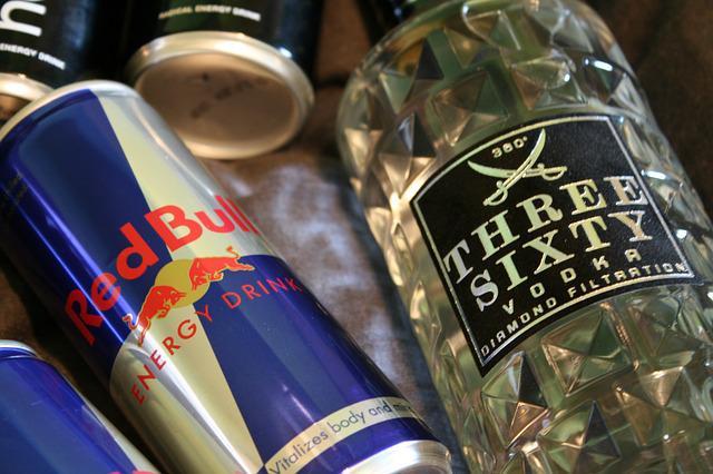 Сохранить и приумножить: о пользе и вреде энергетических напитков