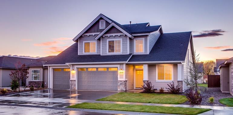 Оформление кредита под залок квартиры и услуги перезалога недвижимости