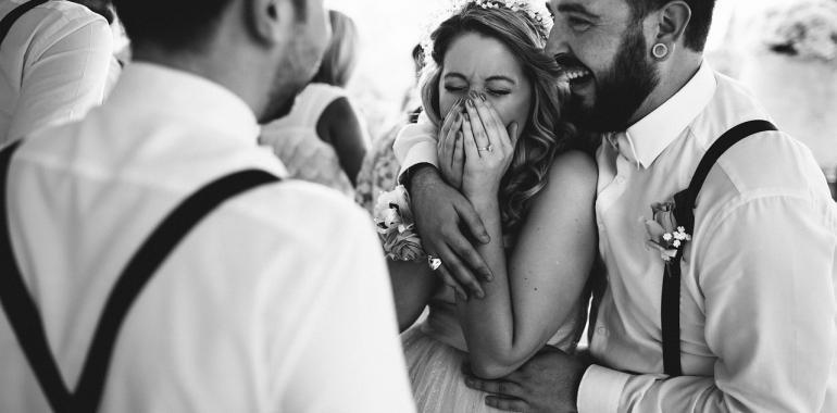 Как оригинально на свадьбу подарить деньги