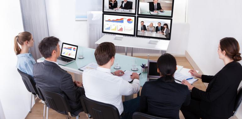 Как провести семинар онлайн