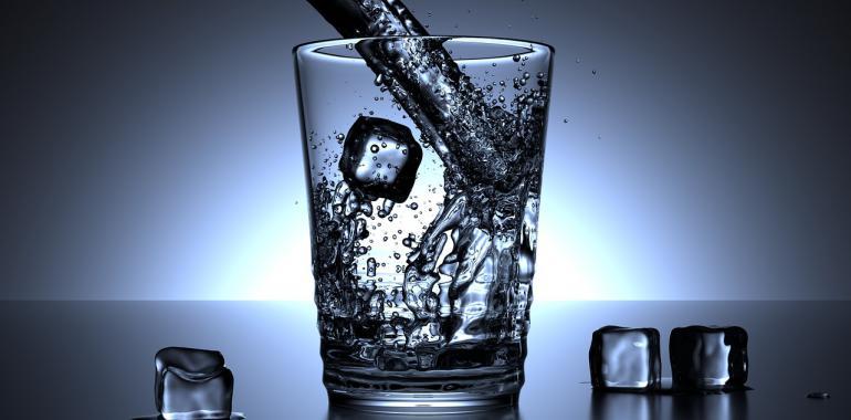 Какую воду нужно пить для здоровья: сырую или кипяченую