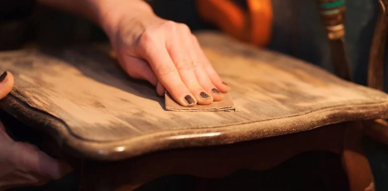Простой способ восстановить старую деревянную мебель