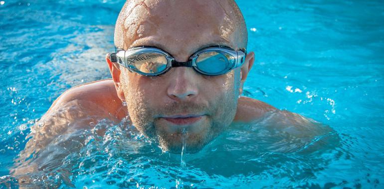 Стандартная справка в бассейн 200 рублей на сайте www.2spravki.ru