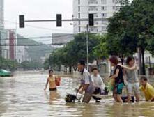"""Число жертв тайфуна """"Саомай"""" на востоке Китая выросло до 83 человек"""