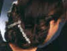 Вечерние прически из волнистых волос