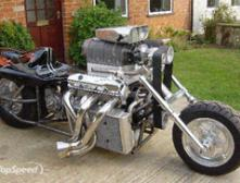 Построен мотоцикл с мотором объемом 8,2 л!