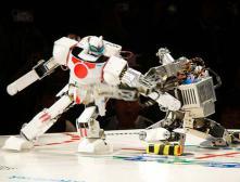 Поединок в космосе: человекоподобные роботы сразятся на земной орбите