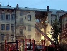 Из-под завалов жилого дома в Выборге спасен еще один человек