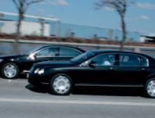 Mercedes S 600 против Bentley Flying Spur