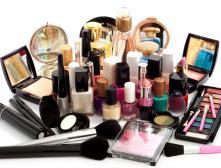 Как с помощью косметики замаскировать мешки под глазами