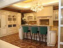 Какие потолки лучше сделать на кухне