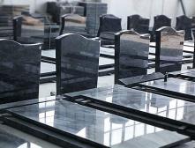 какой заказать памятник на могилу
