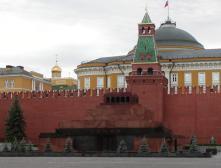 На Красную площадь теперь можно попасть через Спасскую башню Кремля